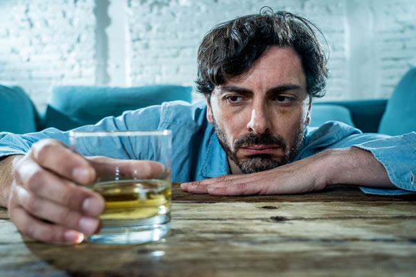 how can i help employees with an alcohol or drug problem?